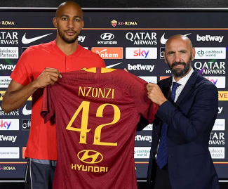 Roma have announced the signing of midfielder Steven Nzonzi, who arrives from Sevilla in a reported €30 million deal.