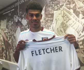 Ashley Fletcher has signed for West Ham United on a four-year contract, after his deal with Manchester United expired this summer.