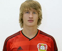Bayer Leverkusen have completed the permanent signing of Tin Jedvaj from Serie A side Roma.