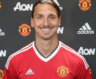Manchester United have confirmed the signing of Zlatan Ibrahimovic.