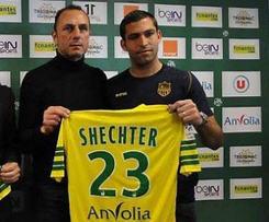 Nantes signed Itay Shechter from Hapoel Tel Aviv.