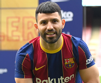 Barcelona have completed the signing of Sergio Aguero on a free transfer from Manchester City.