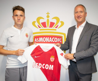 Monaco have completed the signing of Chelsea target Aleksandr Golovin on a five-year deal from CSKA Moscow.