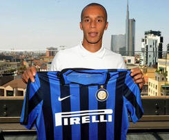 Inter Milan have signed Brazilian defender Joao Miranda from Atletico Madrid