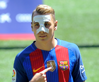 Barcelona complete signing of Digne from Paris Saint-Germain.