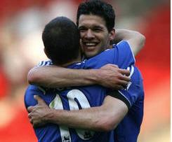 Joe Cole and Michael Ballack released by Chelsea