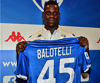 Mario Balotelli has joined his hometown club Brescia on a free transfer after leaving Marseille.