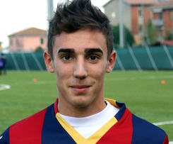 Cagliari have announced the signing of young striker Alessandro Capello from Bologna.