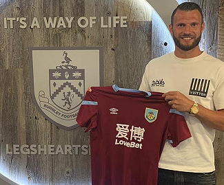 Burnley have completed the signing of Erik Pieters from Stoke for a reported £1million.