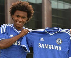 Willian completes Chelsea move and signs five-year-deal