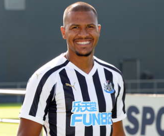 Newcastle have signed striker Salomon Rondon from West Brom on a season-long loan, with Dwight Gayle heading to the Championship side on the same deal.