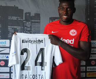 Eintracht Frankfurt have completed the signing of Bayer Leverkusen's Danny da Costa on a four-year deal.