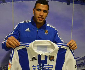 David Moyes's Real Sociedad sign former Elche striker Jonathas on a five-year contract.