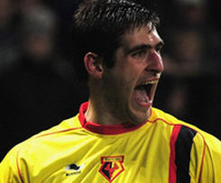 Danny Graham has passed his medical at Swansea City to rubber-stamp his move from Watford