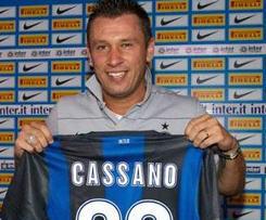 Inter Milan Signs Italy Striker Antonio Cassano From AC MIlan.