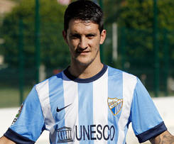 Liverpool midfielder Luis Alberto has joined Malaga on a season-long loan.
